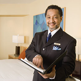 A hotel manager salary and annual pay range