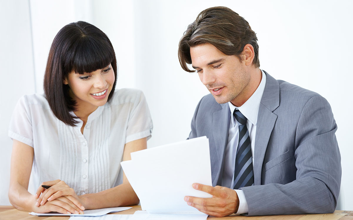 A borrower and a lender trade information, advice, and tips on qualified exchanges