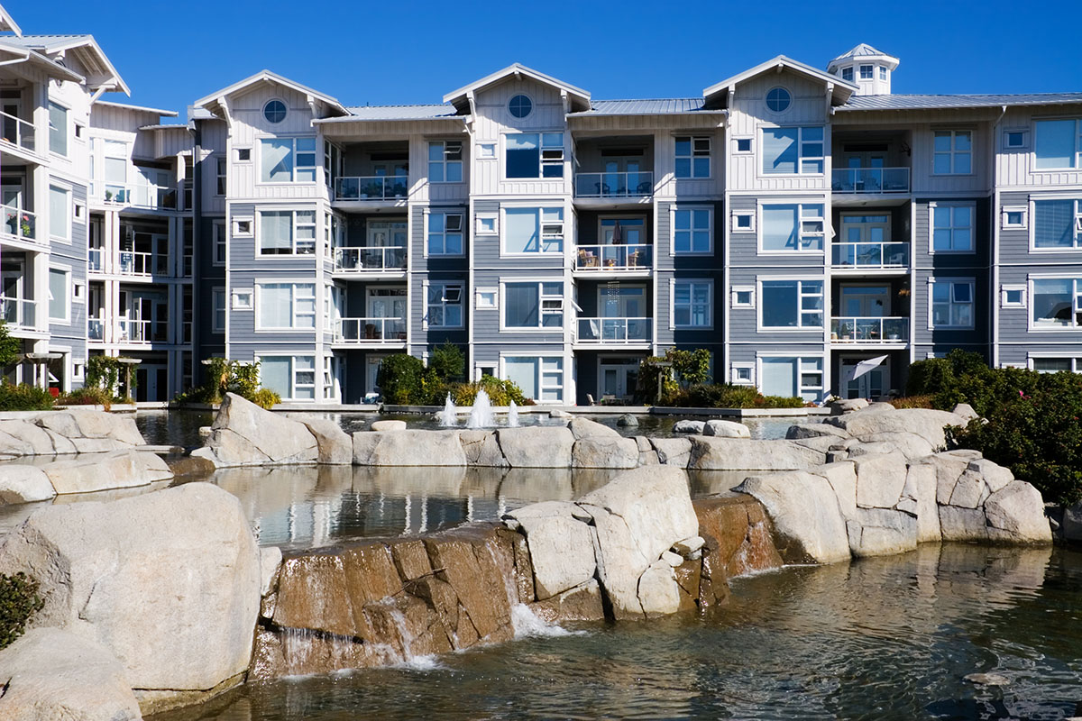 An investor wonders, can I buy an apartment complex near me?
