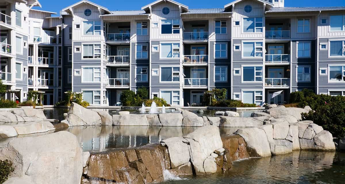 Multifamily financing for apartment complexes requires commercial lenders
